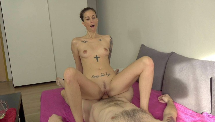 CzechEscortGirls – Ali Bordeaux – Hot brunette gives massage and sex Online Free