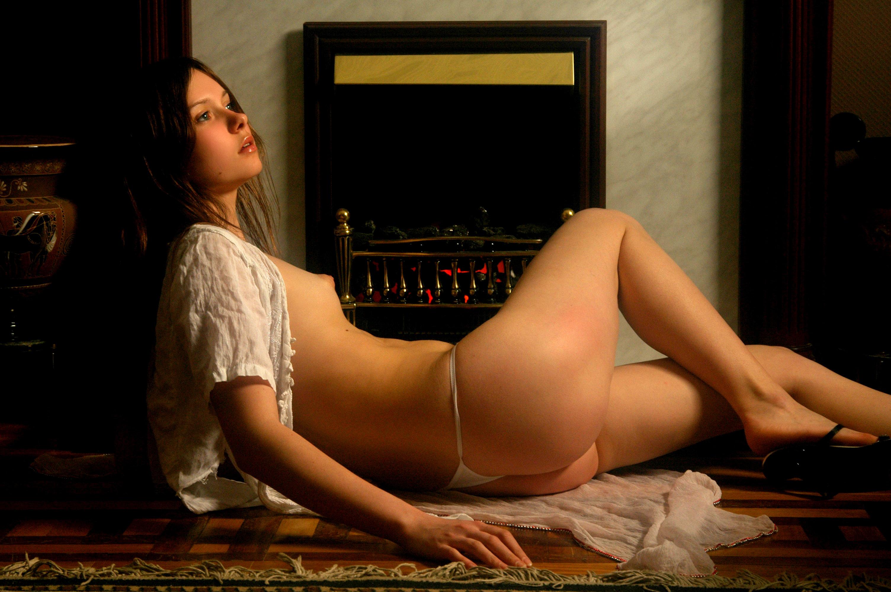 Anna Lovato Porn Pics