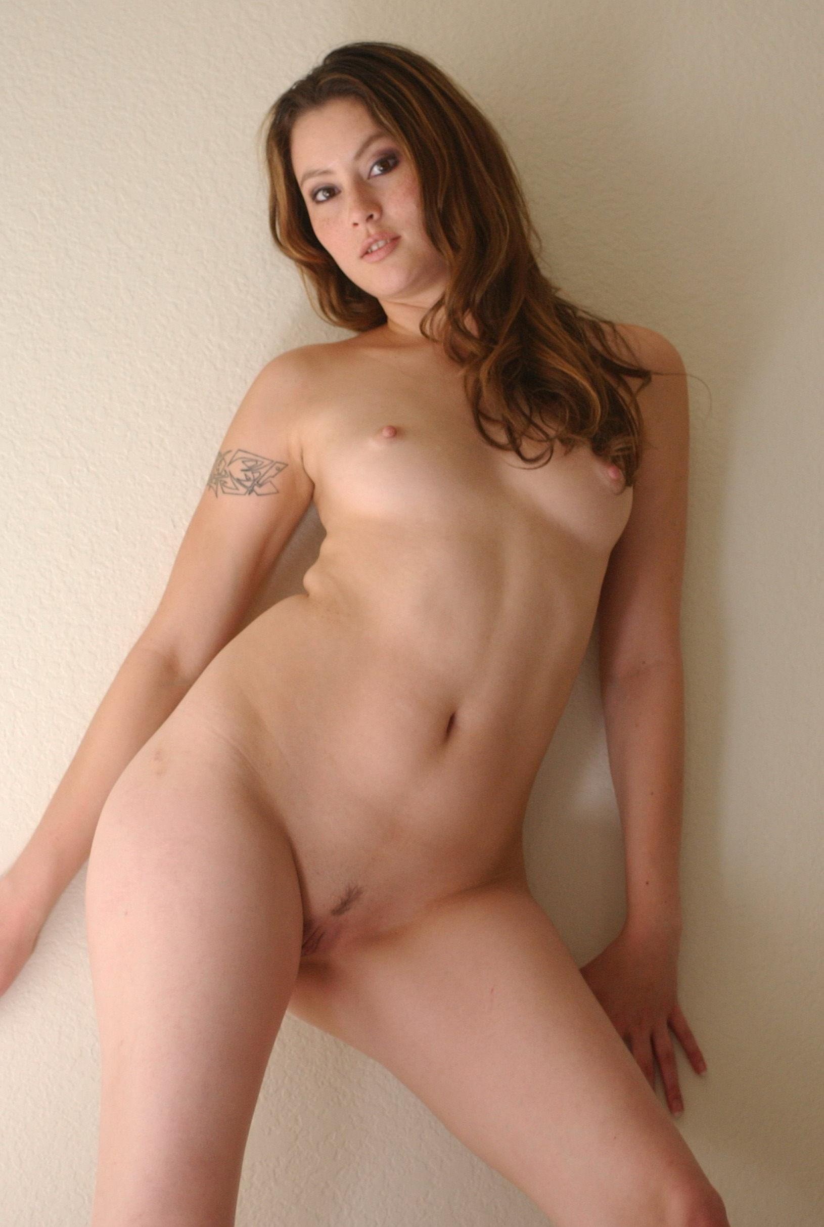 Jessie james decker nudes