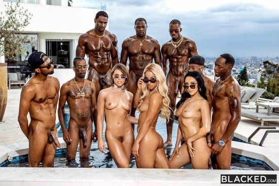 Blacked – Adriana Chechik, Vicki Chase, Teanna Trump – BadBitches Online Free