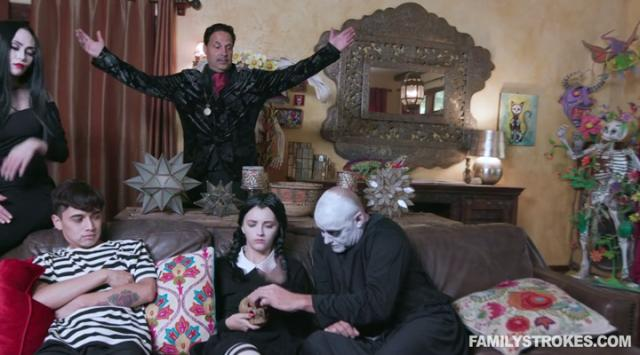 [FamilyStrokes] Kate Bloom, Audrey Noir – Addams Family Orgy Online Free